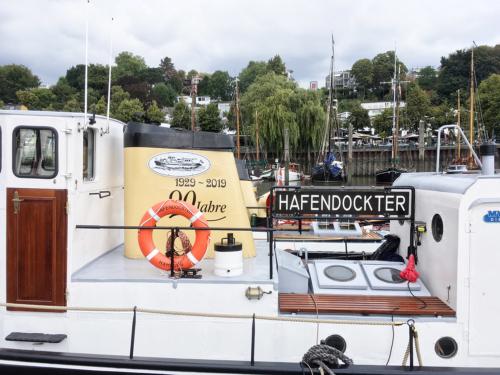 Hafendockter in Neumühlen