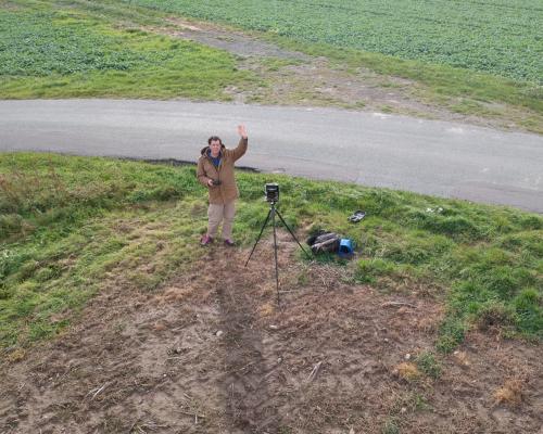 Selbst mit 4x5 Kamera an der Straße nach Halskov auf Falster, Dänemark