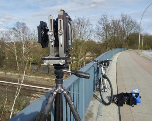 Kamera auf der Holstenkampbrücke in Hamburg Bahrenfeld