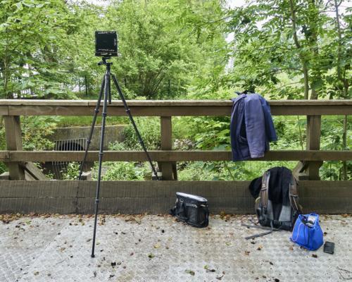 Kamera an der Mühlenau nahe dem Volksparkstadion Hamburg aufgebaut