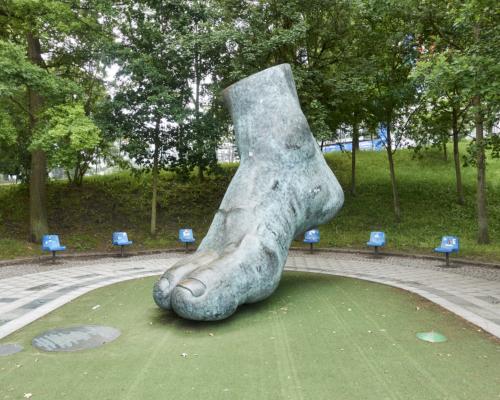 Skulptur Uwe-Seeler-Fuß am Volksparkstadion Hamburg