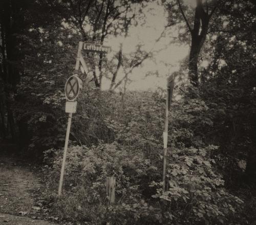 Am Luftbadweg in Hamburg Bahrenfeld. Nachbearbeitete analoge Aufnahme. Mit Analog Efex.
