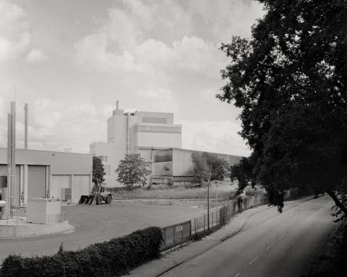 Eh. Kraftwerk an der Schnackenburgallee, Hamburg Bahrenfeld, gesehen von der Ottenser Straße