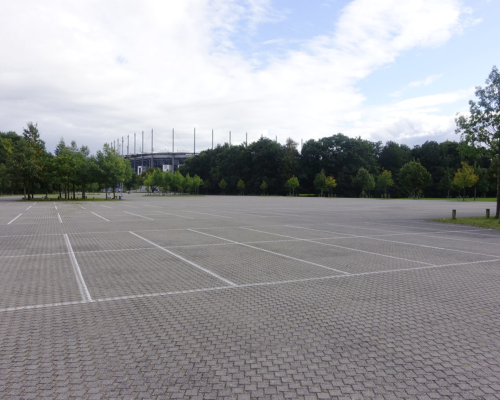 Parkplatz am Volksparkstadion Hamburg Bahrenfeld