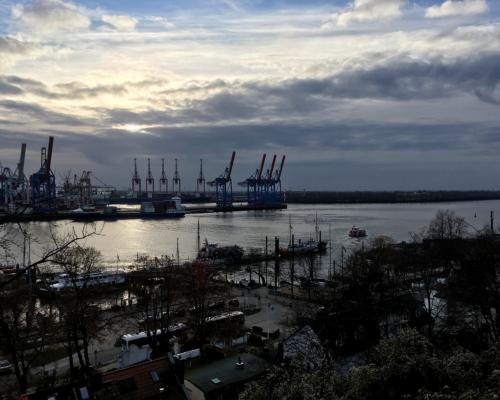 Die Elbe bei Neumühlen am 21.12. 2020 - Wintersonnenwende