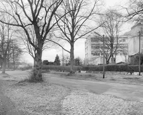 Langweilige Ecke. Am Hogenfeldweg in Hamburg Bahrenfeld.