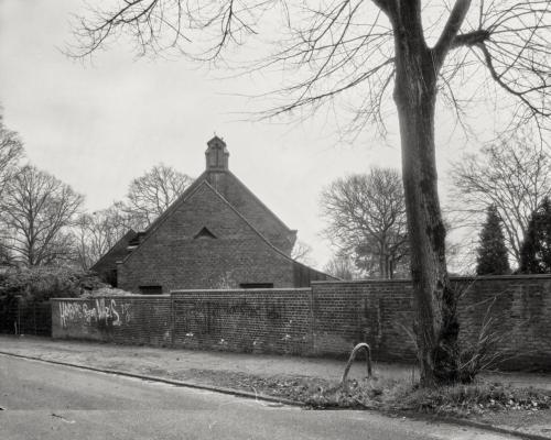 Kapelle am Holstenkamp in Hamburg Bahrenfeld. Aufnahme im Format 4×5 auf Röntgenfilm.